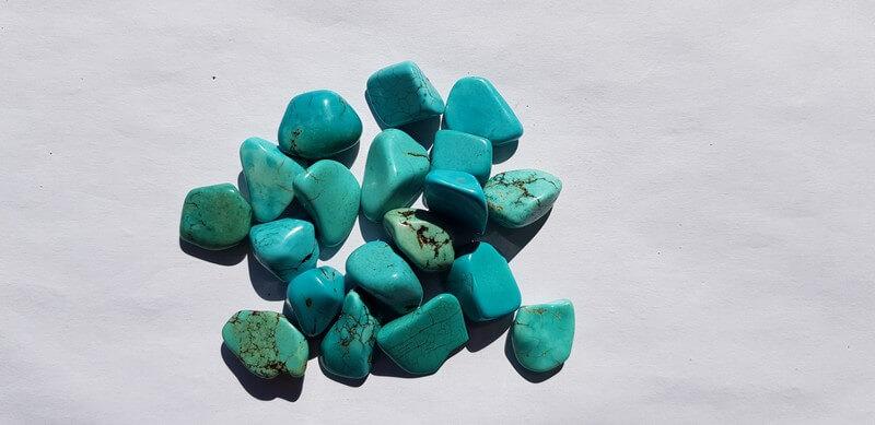 pierre roulées en turquoise naturelle