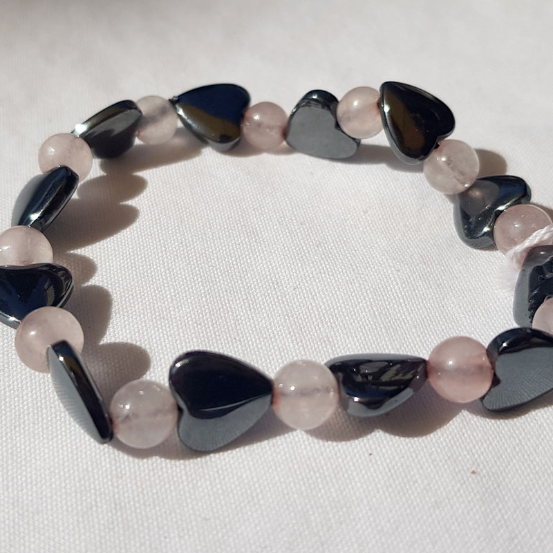 bracelet perles quertz rose et coeur en hematite