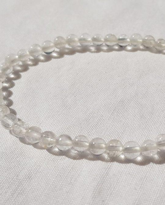 bracelet en perles de cristal de roche