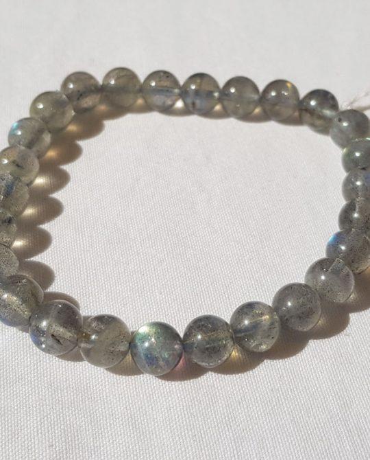 bracelet de perles en labradorite
