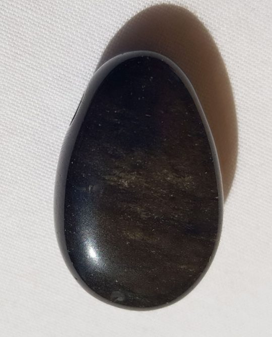 pendentif goutte en obsidienne dorée