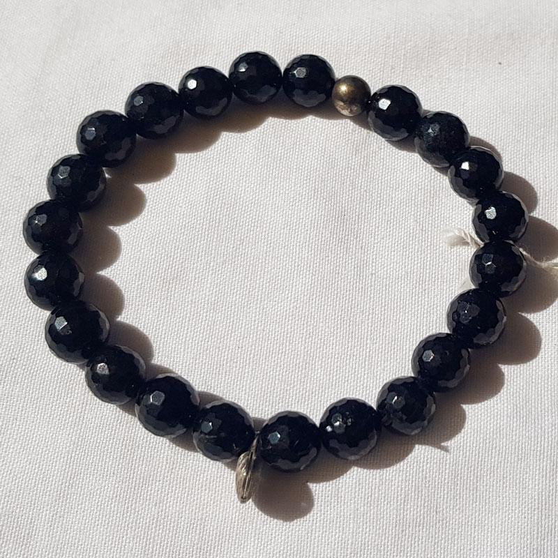 bracelet en perles de tourmaline à facettes